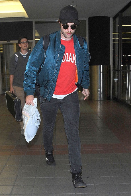 Robert Pattinson, FKA Twigs Engaged: Rumors Swirl That Rob's Obsessed With Marrying Her!