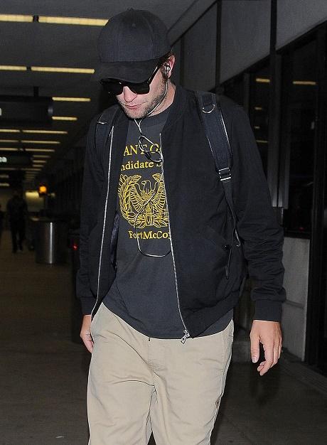 Robert Pattinson and Kristen Stewart: Dating Reunion At TIFF or Loyal to New Girlfriend FKA Twigs?