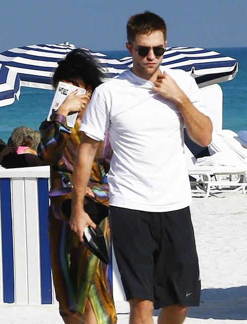 Robert Pattinson, FKA Twigs Christmas Wedding In England With Jamaican Honeymoon: Inviting Kristen Stewart?