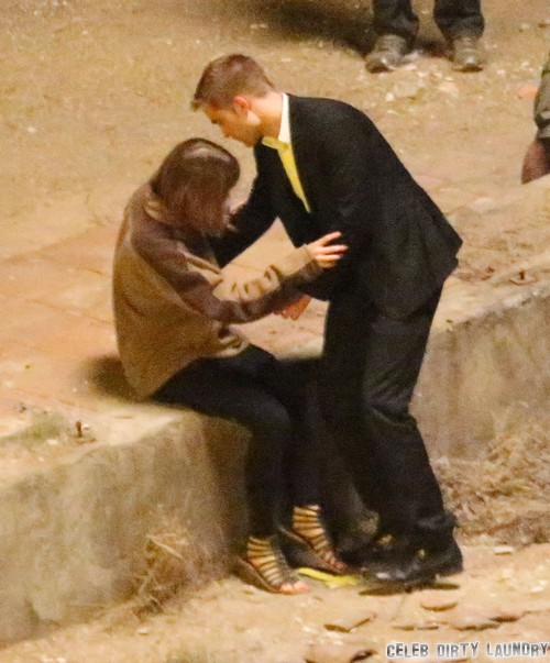 Robert Pattinson Prefers Dylan Penn To Kristen Stewart: Dylan is Real But Kristen is Fake