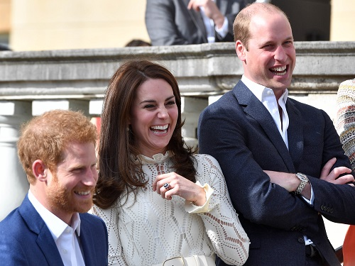 Kate Middleton Criticized On How She Handles Her Marriage And Family Life In The Public Eye