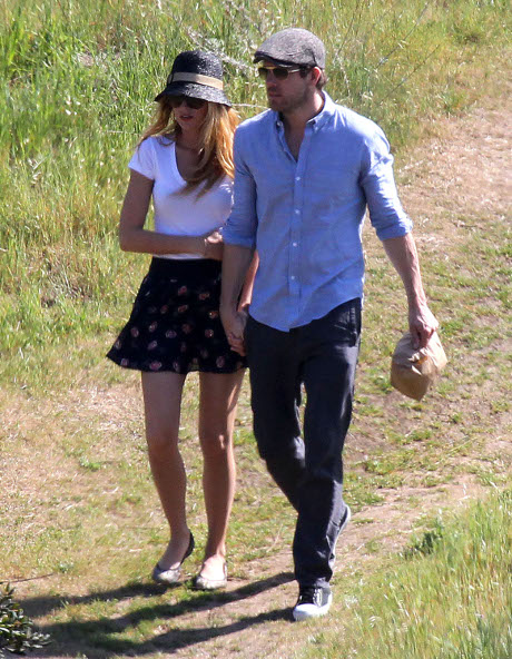 Did Ryan Reynolds Go Berserk After Wife Blake Lively Felt Up Her Ex-Boyfriend Penn Badgely?