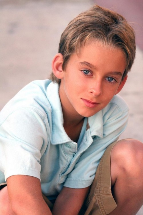 Sawyer Sweeten Dead: Geoffrey Barone of 'Everybody Loves Raymond' Commits Suicide at 19