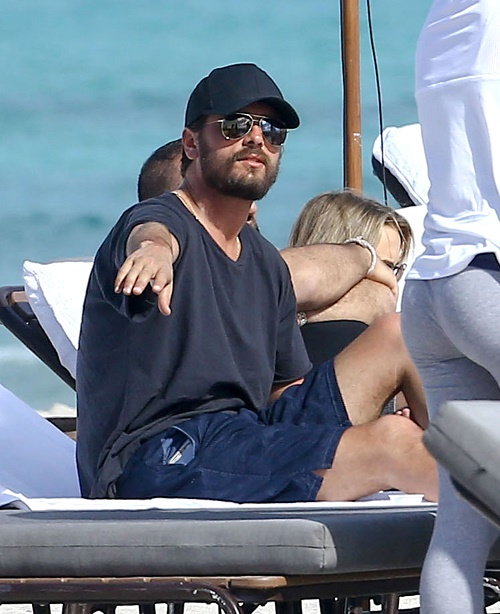 Scott Disick Caught With Mystery Brunette J Lynne Amid Kourtney Kardashian Reconciliation Reports