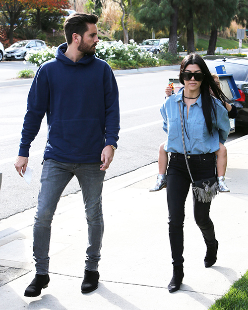 Kendall Jenner Hates Scott Disick, Avoids 'KUWTK' Co-Star At Chris Brown Listening Party