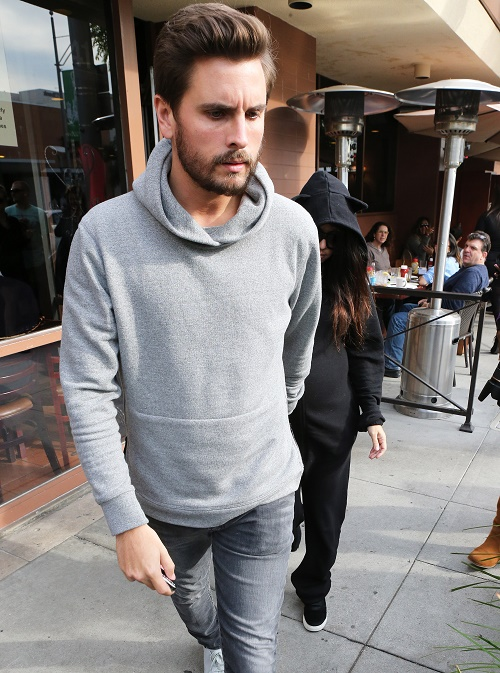 Scott Disick Ditches Bruce Jenner Transgender Interview Screening For Wild Vegas Partying!