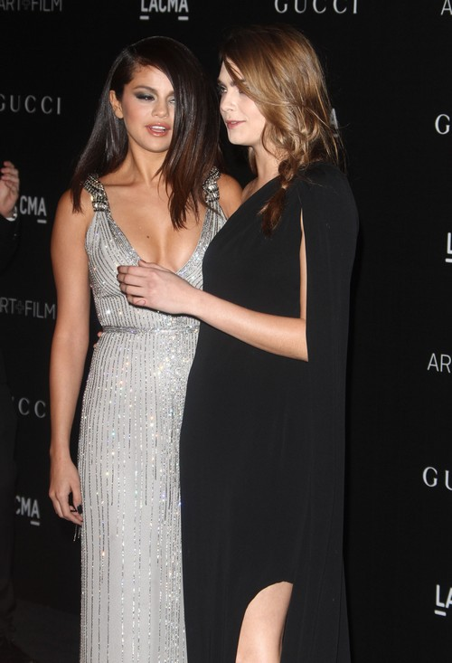 Is Selena Gomez Dating Model Cara Delevigne – Raves About Gal-Pal's Wild Side – SelGo Says She Needs That
