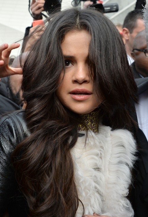 Selena Gomez Heartbreak Over Justin Bieber Comedy Roast Closing Remarks – Biebs Regrets SelGo Romance?