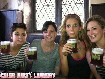 Selena Gomez Drinking A Beer! (Photo)