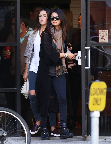 Selena Gomez Estranged From Family by Justin Bieber Relationship: Can't Stand The Bieb's Nonsense Any Longer!