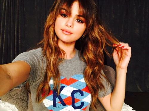Selena Gomez Slammed For Defending Taylor Swift on Twitter: Kim Kardashian and Kanye West Win Social Media Battle
