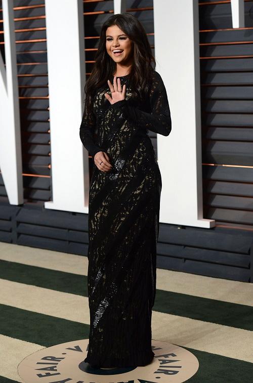 Selena Gomez Still Loves Justin Bieber: DJ Zedd Breakup Nears, Smothers Popstar?