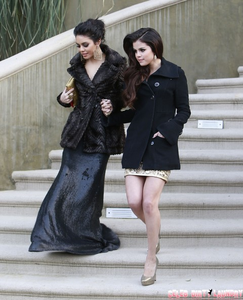 Is Selena Gomez Becoming Lesbian - Admits She's Sleeping With Taylor Swift And Vanessa Hudgens