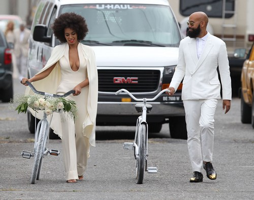 Solange Knowles Returns Wedding Gifts For $1000 Cash