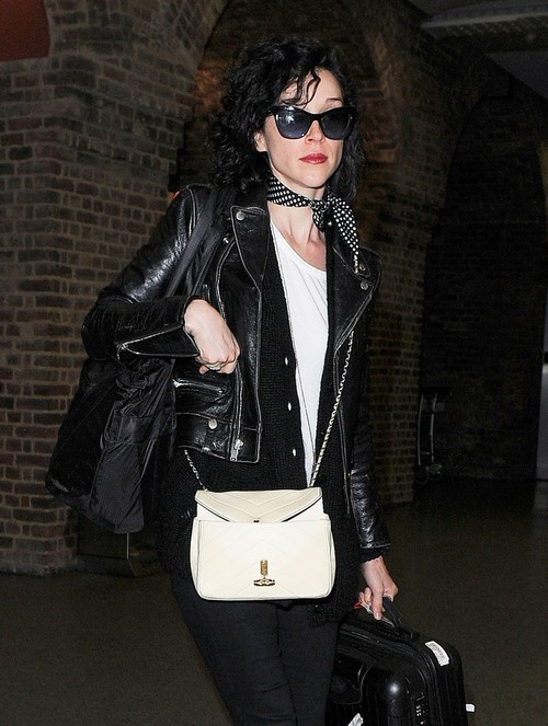 Cara Delevingne Engaged to Annie Clark: Suicide Squad Actress to Marry St. Vincent?