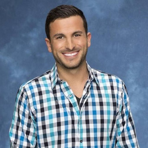 Jade Roper and Tanner Tolbert Break-Up: Bachelor In Paradise Former Playboy Model Living with Another BIP Star