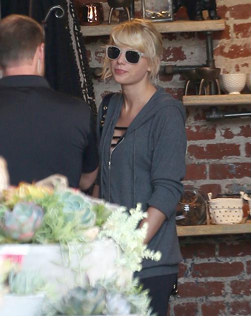 Taylor Swift Heartbroken: Calvin Harris Breaks Off With T-Swift