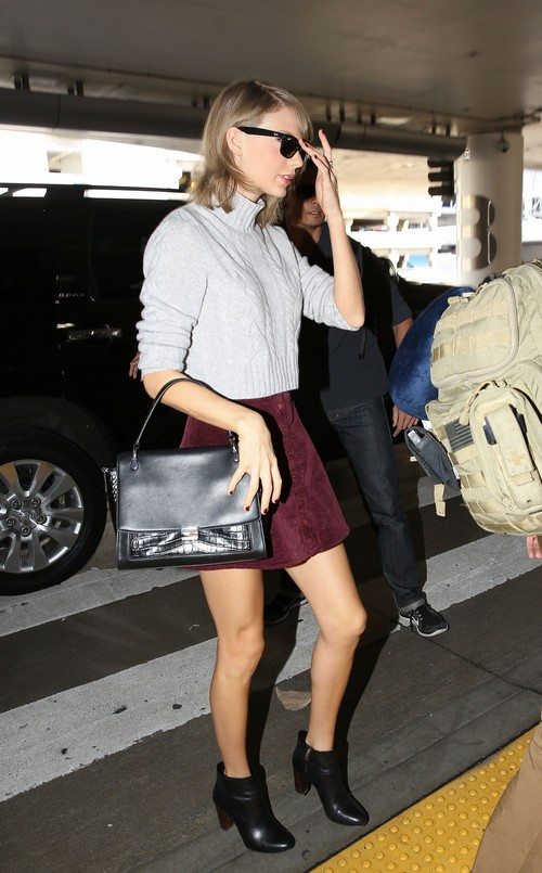 Taylor Swift Furious: Did Harry Styles Write About T-Swift In New Song - One Direction Turns Tables?