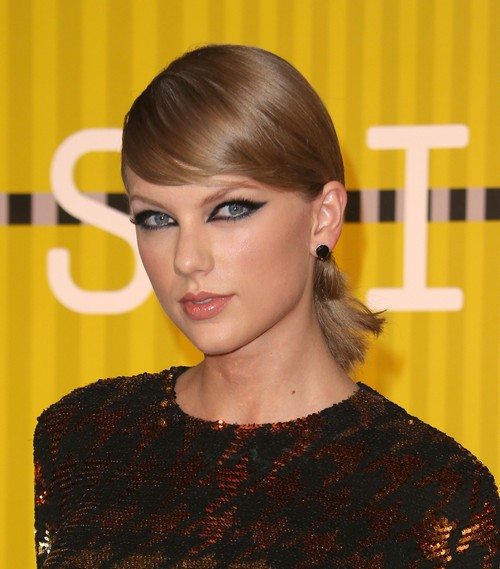 Taylor Swift Files Countersuit Against David Mueller: Fired Radio Host Allegedly Groped T-Swift