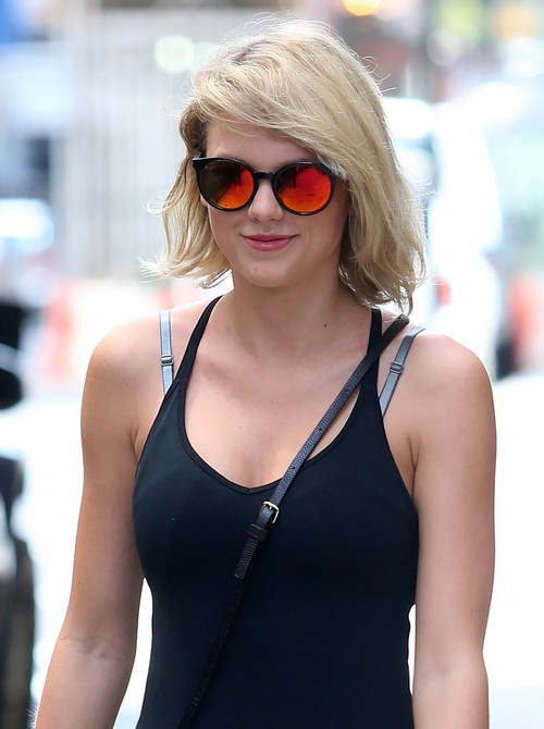 52156225 Singer Taylor Swift is all smiles while out and about in New York City, New York on August 26, 2016. Swift recently donated $50,000 to the Greater Baton Rouge Food Bank to help victims of the floods in Louisiana that killed at least 13 people and damaged tens of thousands of homes and businesses. FameFlynet, Inc - Beverly Hills, CA, USA - +1 (310) 505-9876