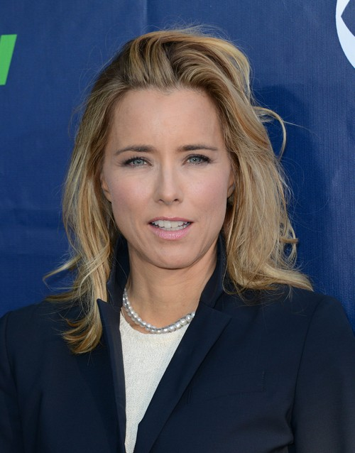 Tea Leoni Lying About David Duchovny Divorce: Not Friendly With Ex-Husband - Jealous of Gillian Anderson?
