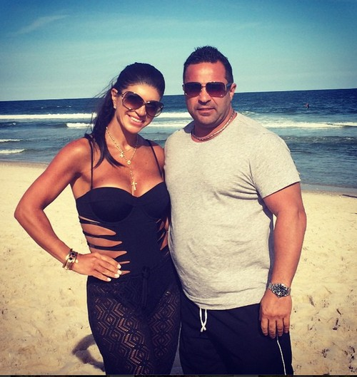 Teresa Giudice Homeless Due to Foreclosure: Joe Giudice Spent Mortgage Payments On Partying With Strippers