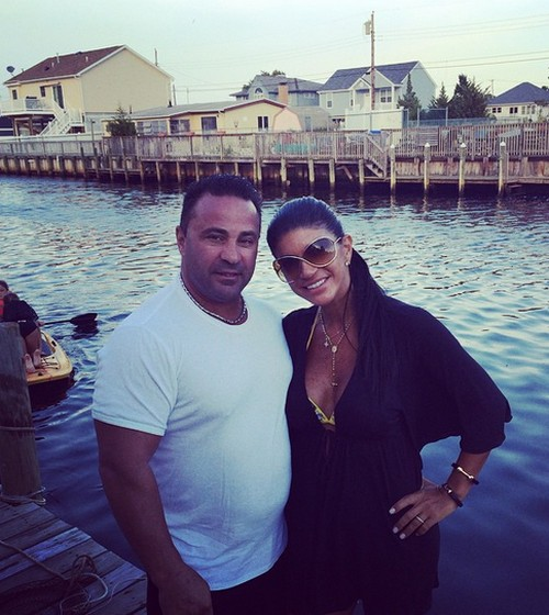 Teresa Giudice Pregnant, Divorce, Firing Update: Real Housewives of New Jersey Star's Baby Bump Photos,  Before Sentencing