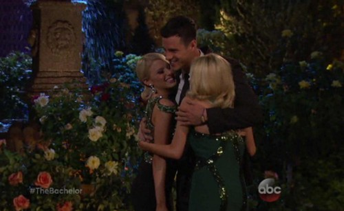 The Bachelor 2016 Spoiler Video: Ben Higgins Meets Twin Sisters Emily And Haley Ferguson For First Time