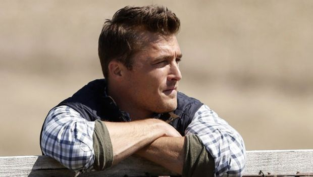 The Bachelor 2015 Spoilers Episode 1: Chris Soules AKA Farmer Chris Endures 30 Women's Awkward Limo Entrances