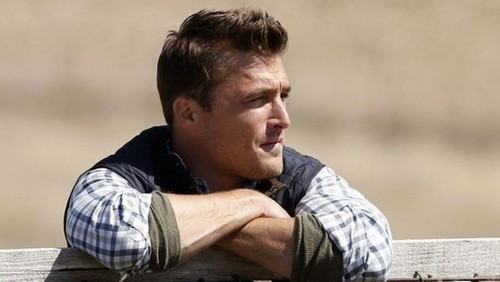 The Bachelor 2015 Spoilers: Chris Soules Still In Love With Ex-Fiancee Sheena Schreck - Walks Out On Season 19 Winner?