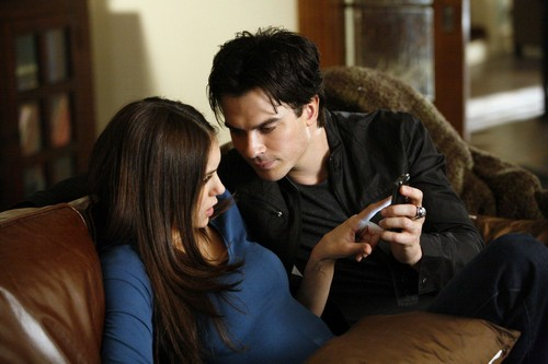 The Vampire Diaries Season 6 Spoilers: Damon and Elena Get Back Together - Ian Somerhalder Hints at Reconciliation