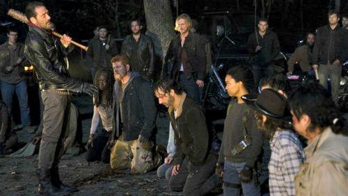 The Walking Dead Season 7 Spoilers: Glenn's Brutal Beating Death by Negan
