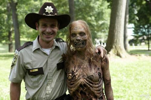 The Walking Dead Season 6 Spoilers Show Revamped Ricks Character
