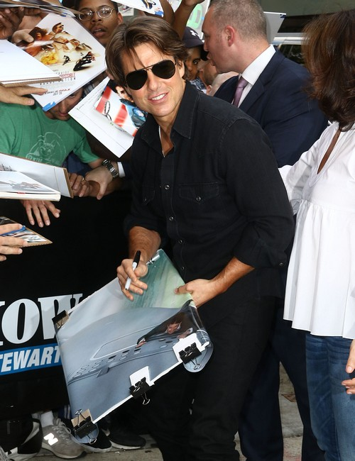 Tom Cruise Ignored Dying Step-Father John South, Skipped Funeral - Refused to Join Scientology?