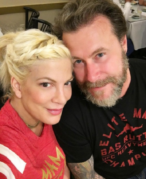 Tori Spelling Still Having Money Problems and Feuding With Dean ...