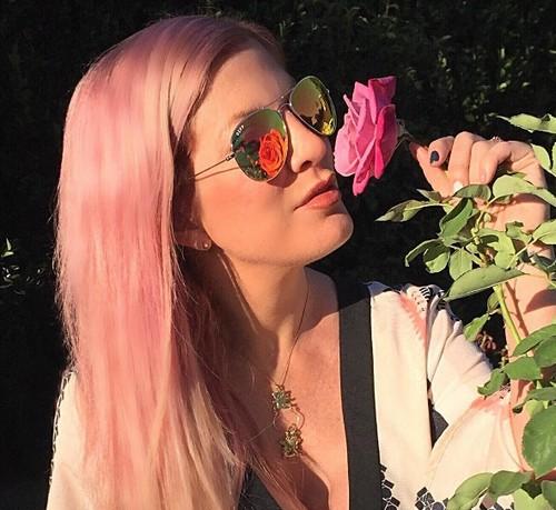 Candy Spelling Throws Broke Daughter Tori Spelling Lavish $40k Baby Shower