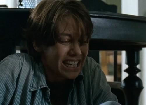 The Walking Dead Season 6 Finale Spoilers: Maggie Pregnancy Distress, Is It a Baby Walker – Loses Child and Glenn?