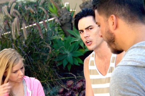 "Vanderpump Rules Recap 2/22/16: Season 4 Episode 17 ""Beach, Please"""