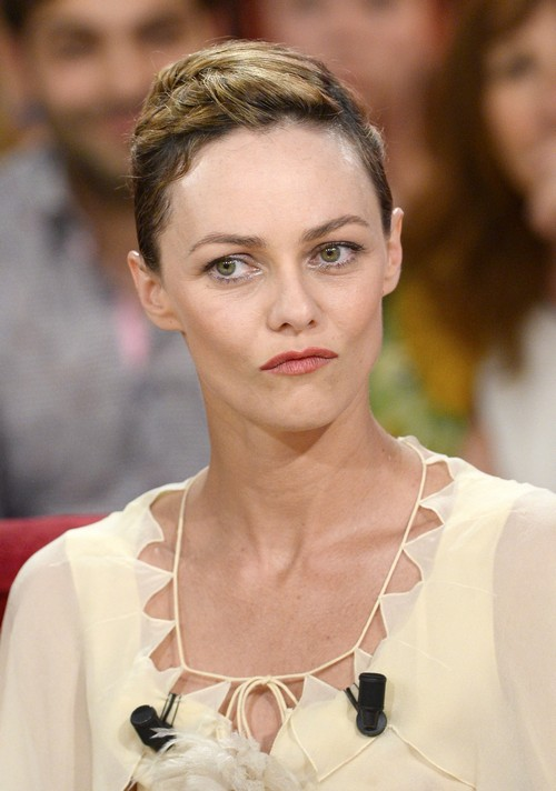 Vanessa Paradis Disgusted By Amber Heard: Naked Photos and Sexting To Johnny Depp Support Homewrecker Careerwhore Theory