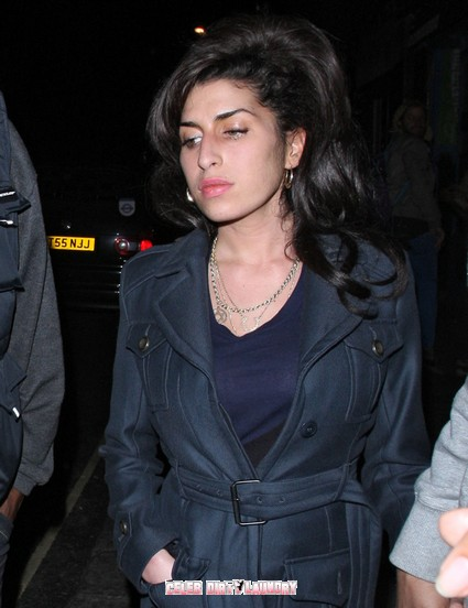 Celebs Take To Twitter To Remember Amy Winehouse