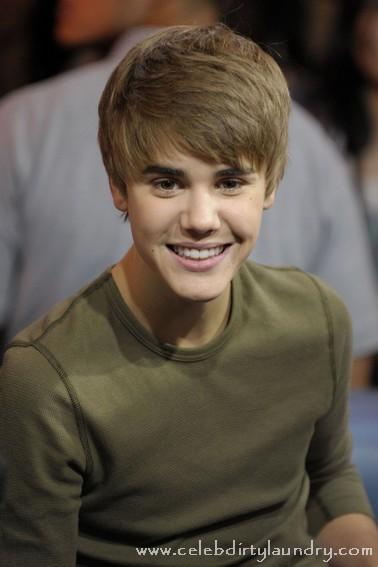 Justin Bieber and Magic Johnson to Play Celeb NBA Basketball