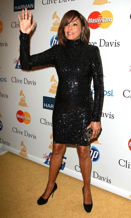 Whitney Houston Desperate For Comeback
