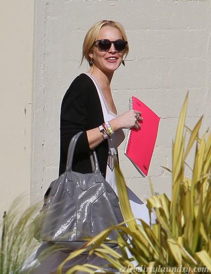 Lindsay Lohan Still Mad At Paris Hilton