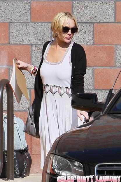Lindsay Lohan Has a Stalker, Still!