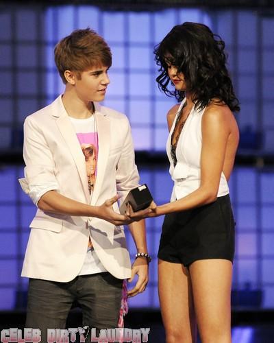 Justin Bieber Gets Okay From Mom For Selena Gomez Sleepovers!
