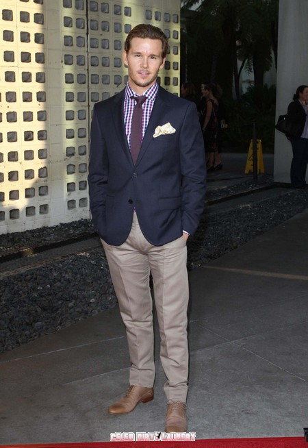 Ryan Kwanten: 'True Blood Please Fans While Staying True To The Book'