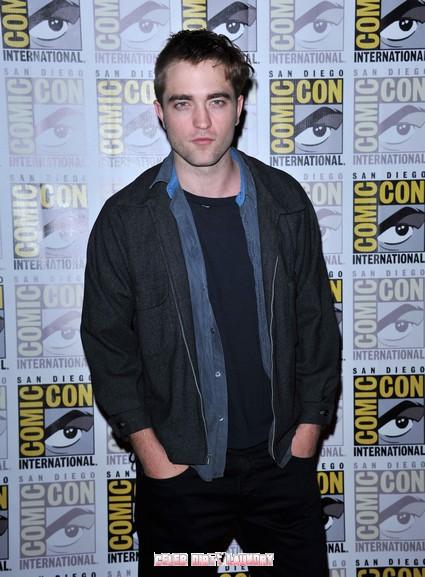 Report: Robert Pattinson Says Twilight Saga To Continue