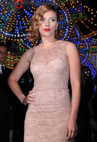 Scarlett Johansson Loses Role Because People 'Can't Wait For Her To Take Her Clothes Off'
