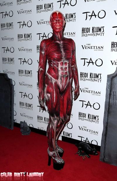 Heidi Klum's Creepy 'Dead Body' Halloween Costume (Photos)