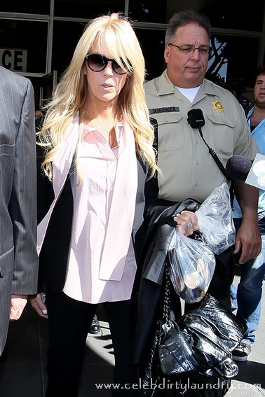 Dina Lohan Exposes Lindsay's Private Troubles On ABC News